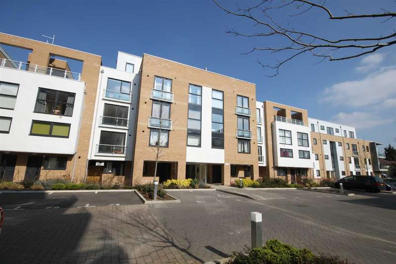 2 Bedrooms Flat for rent in 110 Pym CourtCambridge