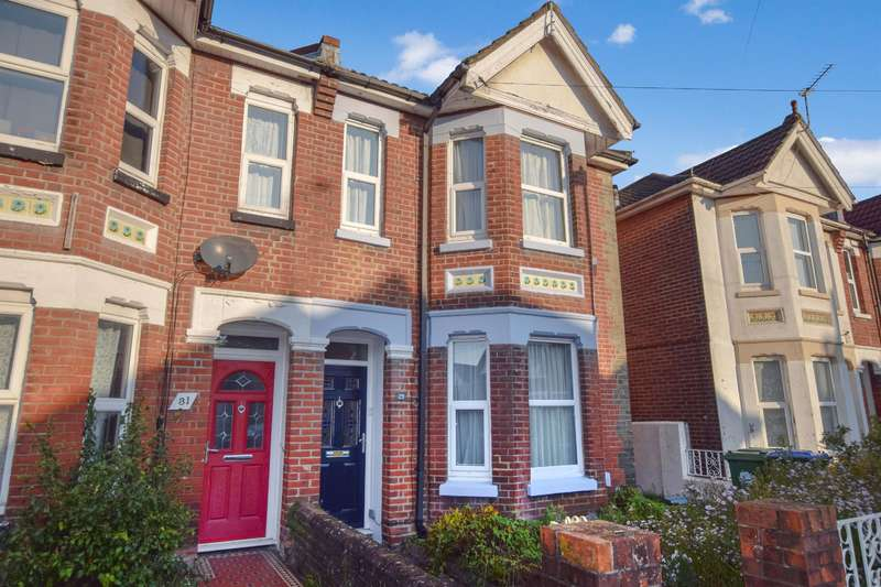 4 Bedrooms Semi Detached House for sale in Morris Road, Southampton, SO15 2BS