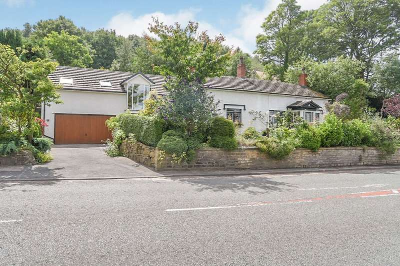 4 Bedrooms Detached House for sale in Mottram Old Road, Hyde, Greater Manchester, SK14