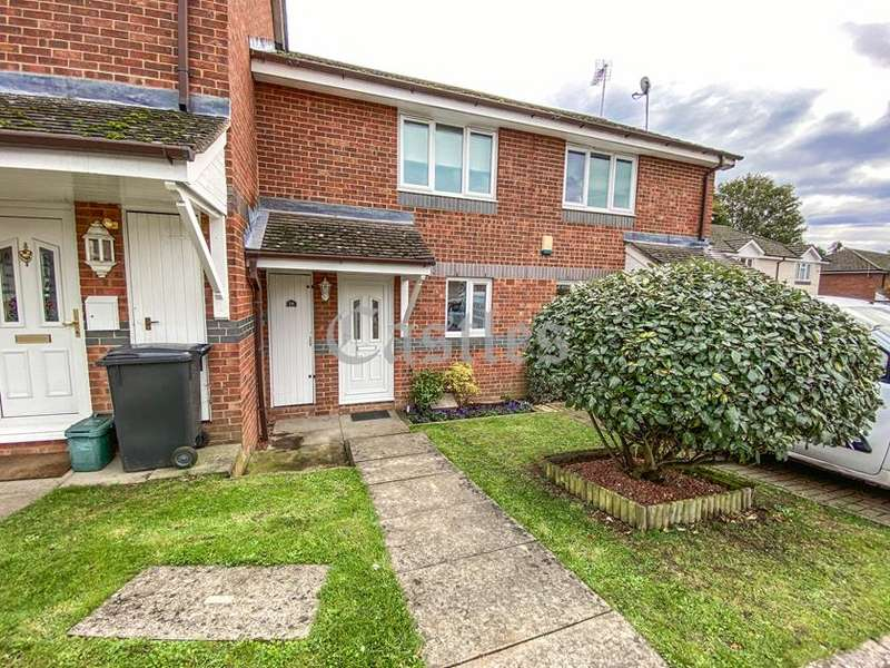2 Bedrooms Property for sale in Windsor Wood, Waltham Abbey, Essex, EN9