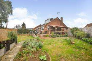 3 Bedrooms Bungalow for sale in Hudson Close, Sturry, Canterbury, Kent