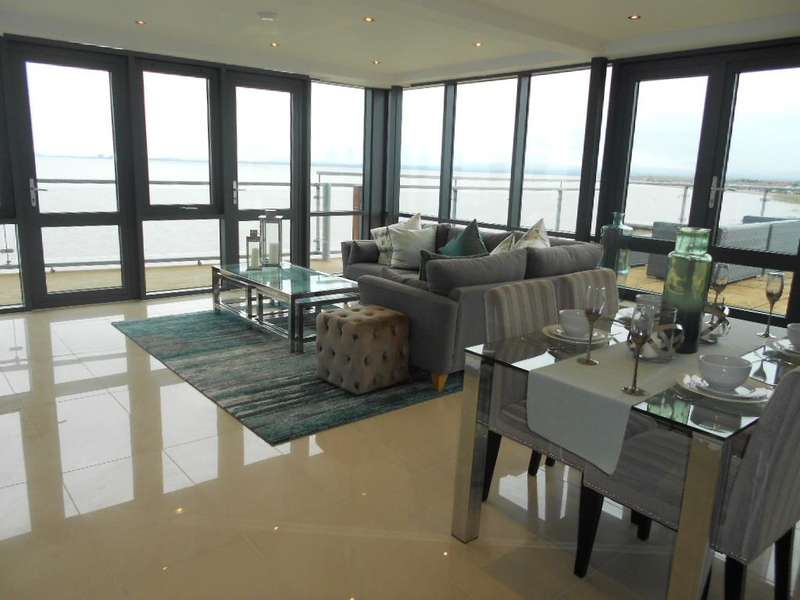 2 Bedrooms Flat for sale in The Waterfront, KNOTT END, FY6 0FL