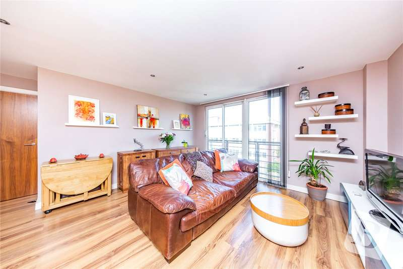 2 Bedrooms Apartment Flat for sale in High Road, Chadwell Heath, Romford, RM6