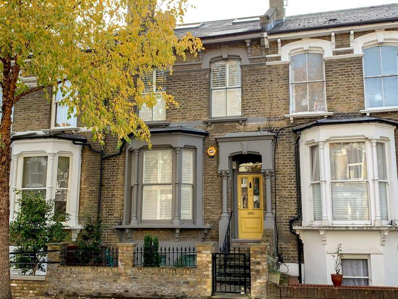 5 Bedrooms Terraced House for sale in Norcott Road, London