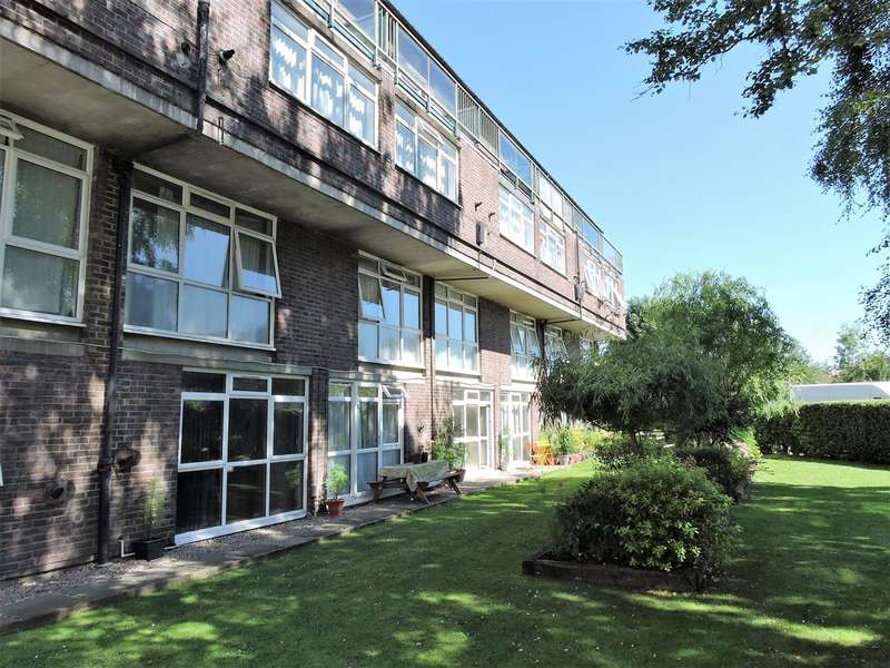 2 Bedrooms Maisonette Flat for rent in Carlton House, Goral Mead, Rickmansworth