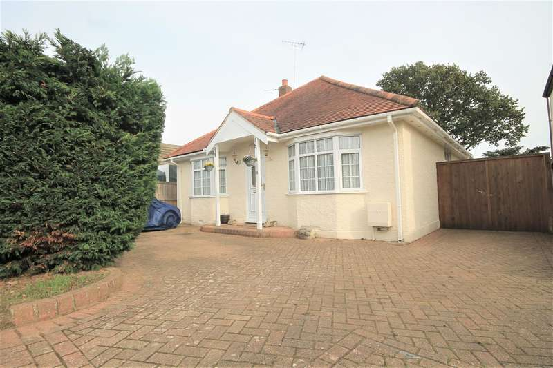 3 Bedrooms Bungalow for sale in St Clairs Road, St Osyth