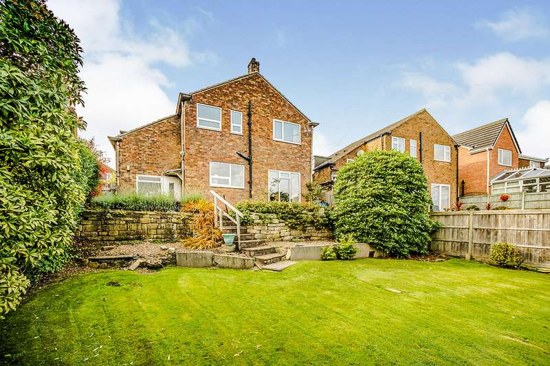 4 Bedrooms Detached House for sale in Far View Bank, Almondbury, Huddersfield, West Yorkshire, HD5