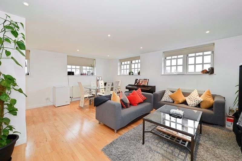 2 Bedrooms Property for sale in Old School Square, Poplar, E14