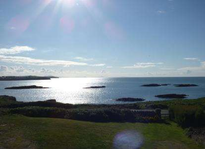 2 Bedrooms Flat for sale in The Headlands, Lon Isallt, Holyhead, Sir Ynys Mon, LL65