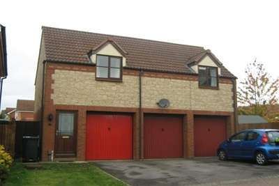 2 Bedrooms House for rent in NORTH SWINDON