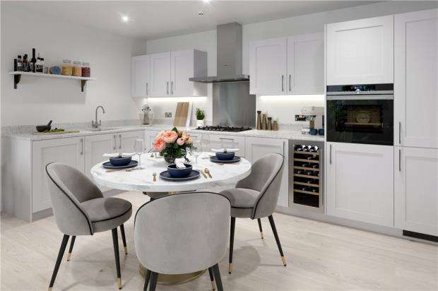 1 Bedroom Apartment Flat for sale in Buttenshaw Avenue, Arborfield, Reading