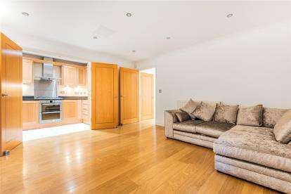 3 Bedrooms Flat for sale in Carey Court, 70 The Avenue, Beckenham