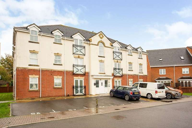 2 Bedrooms Flat for rent in Avro Court, Hamble, Southampton, SO31