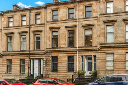2 Bedrooms Flat for sale in Wilton Street, North Kelvinside