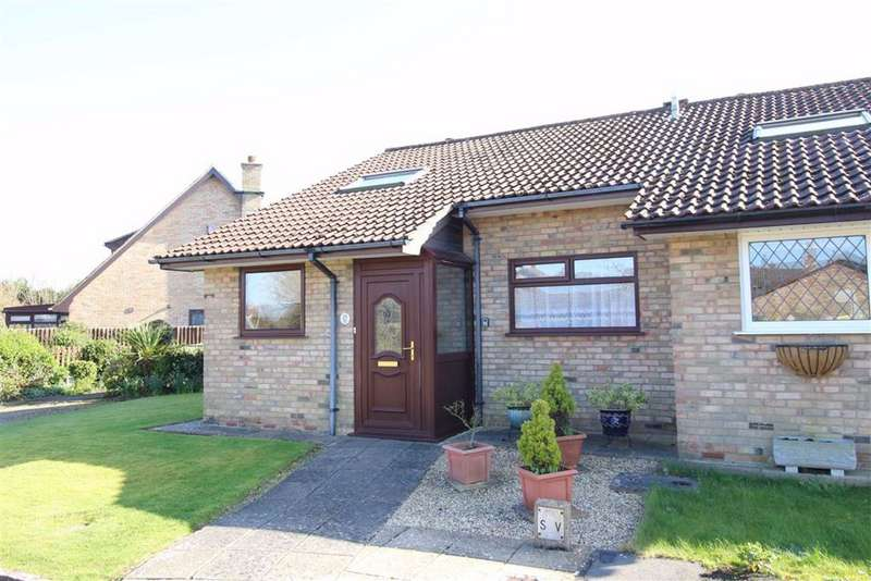 2 Bedrooms Bungalow for sale in Ashdown Walk, New Milton, Hampshire