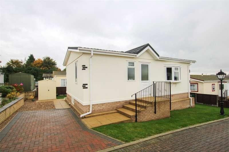 2 Bedrooms House for sale in Kingsmead Park, Swinhope, Market Rasen, LN8