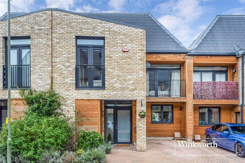 3 Bedrooms Terraced House for sale in Unicorn View, Barnet, EN5