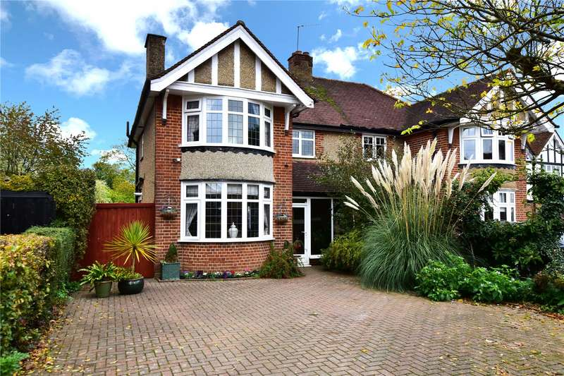 3 Bedrooms Semi Detached House for sale in Baldwins Lane, Croxley Green, Rickmansworth, Hertfordshire, WD3