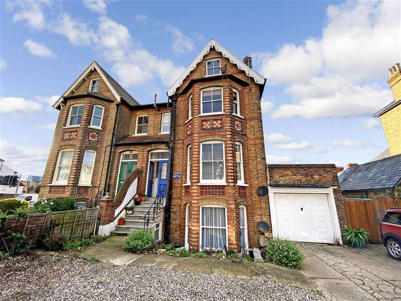 2 Bedrooms Flat for sale in Canterbury Road, , Herne Bay, Kent