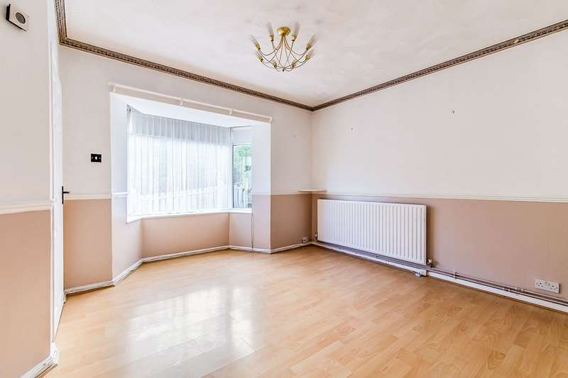3 Bedrooms Semi Detached House for sale in Windward Road, Rochester, Kent, ME1