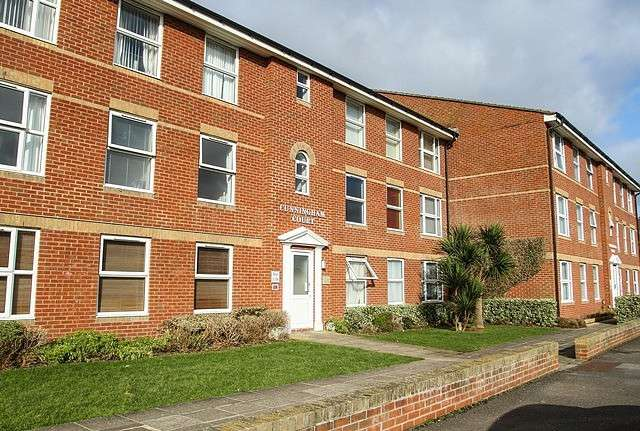 1 Bedroom Apartment Flat for rent in Cunningham Court, Ringmer Road, BN25