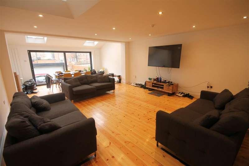 9 Bedrooms Terraced House for rent in Fern Avenue, Jesmond
