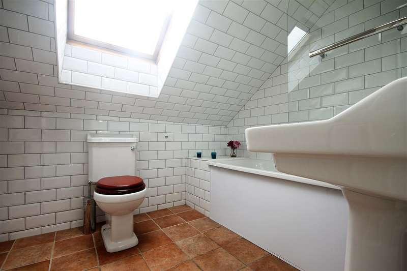 7 Bedrooms Terraced House for rent in Sunbury Avenue, Jesmond