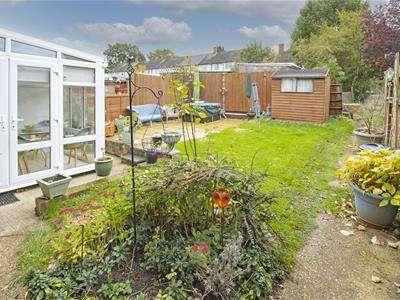 1 Bedroom Flat for sale in Gateshead Road, Borehamwood