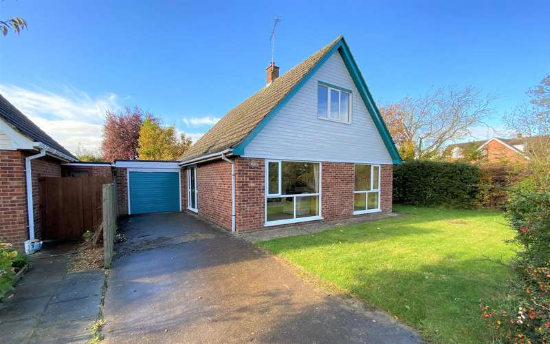 3 Bedrooms Detached House for sale in Waterside Close, Bourne