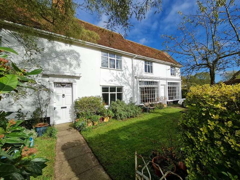 5 Bedrooms Detached House for sale in The Street, Metfield, Harleston