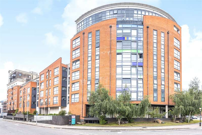 2 Bedrooms Apartment Flat for rent in Kennet Street, Reading, Berkshire, RG1