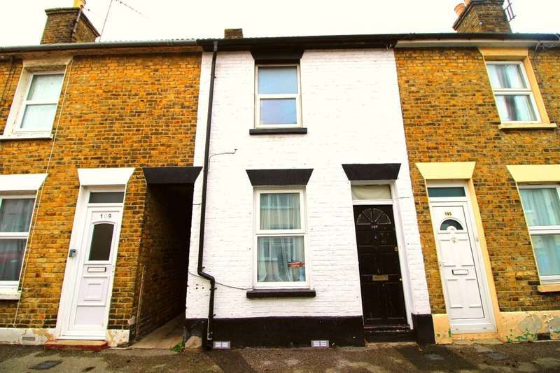 2 Bedrooms Property for sale in Alma Street, Sheerness, ME12