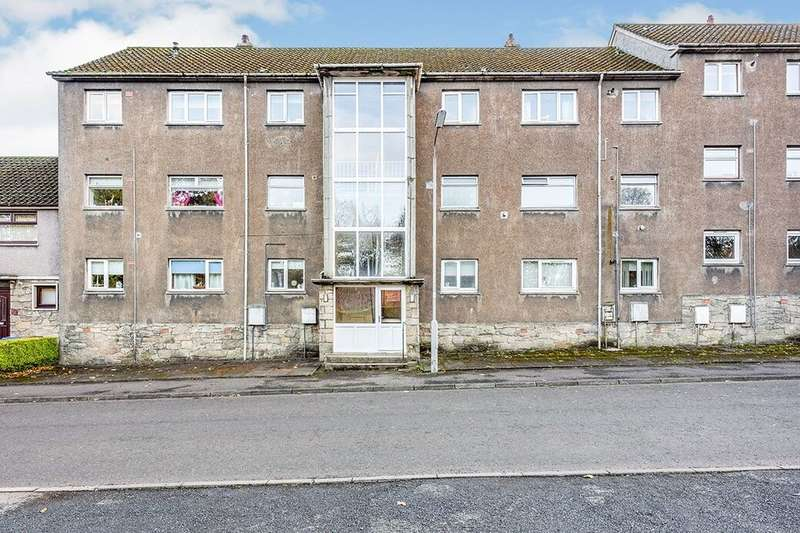 2 Bedrooms Flat for rent in Balbirnie Avenue, Markinch, Glenrothes, KY7