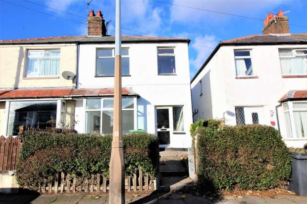 3 Bedrooms Semi Detached House for rent in Crowder Avenue, Thornton-Cleveleys, FY5