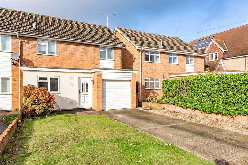 3 Bedrooms Semi Detached House for sale in Maltese Road, Chelmsford, Essex, CM1