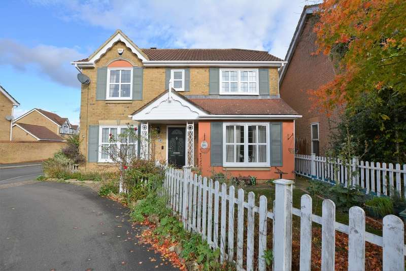 4 Bedrooms Detached House for sale in Chestnut Lane, Park Farm , Ashford