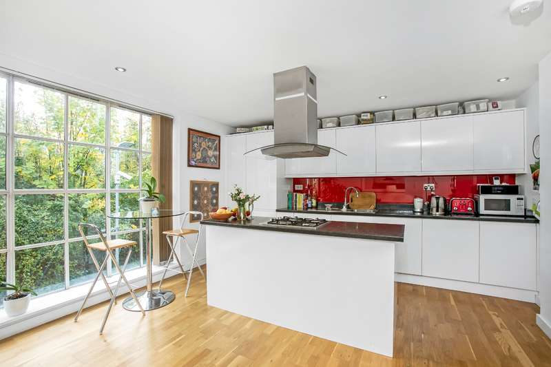 2 Bedrooms Apartment Flat for rent in Warren Apartments, Station Rise, Tulse Hill