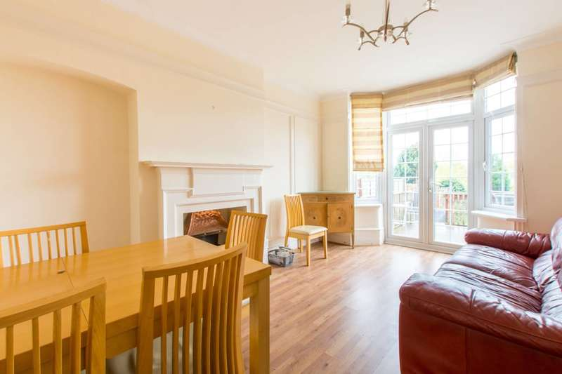 4 Bedrooms Semi Detached House for rent in Ridgeview Road, Totteridge, N20