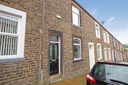 2 Bedrooms Terraced House for sale in Grosvenor Street, Colne, Lancashire, BB8