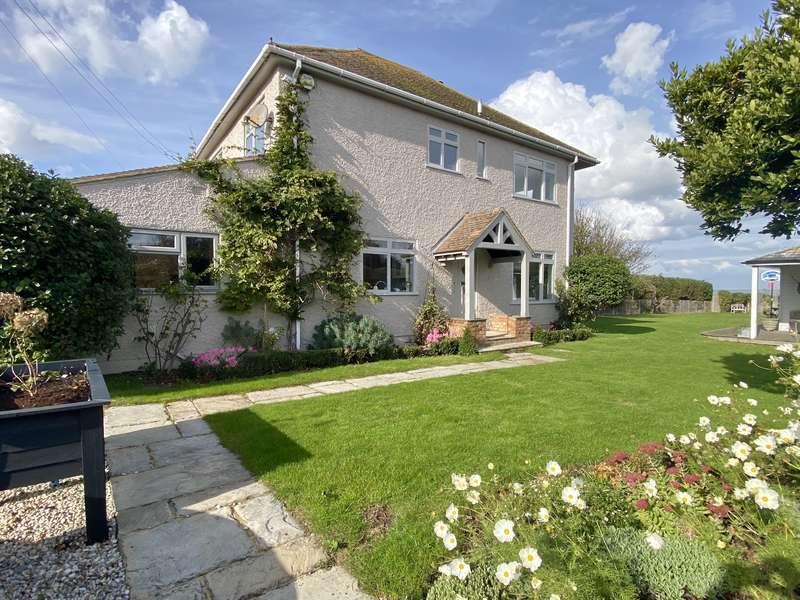 4 Bedrooms Detached House for sale in The Lees, Beltinge, Herne Bay
