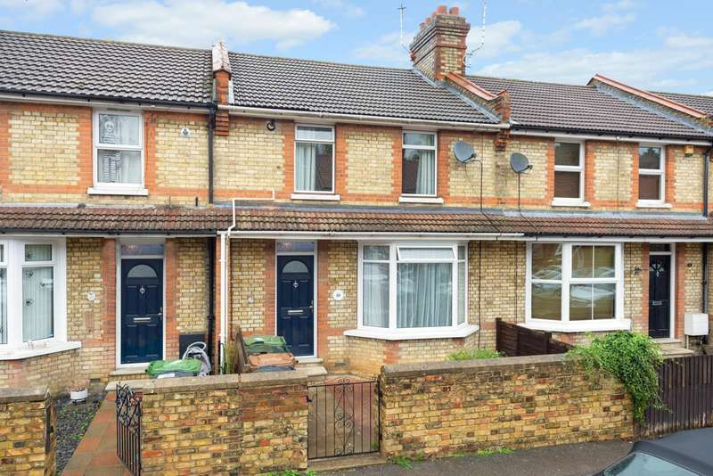 3 Bedrooms Terraced House for sale in Beaconsfield Road, Maidstone, ME15