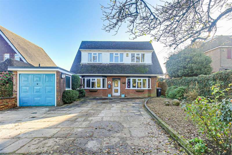4 Bedrooms Detached House for sale in Greenway, Tatsfield, Westerham