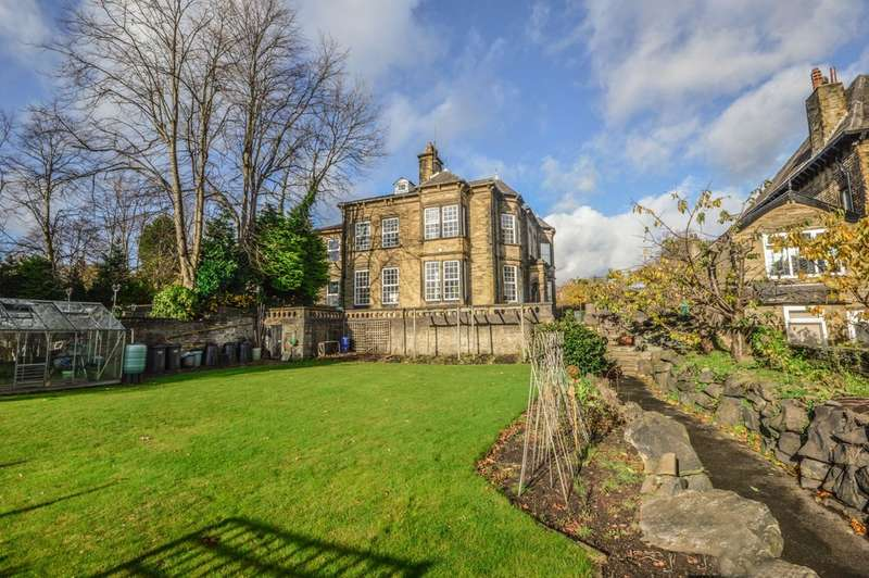 8 Bedrooms House for sale in Savile Road, Halifax