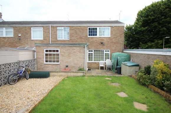 3 Bedrooms Property for sale in Sycamore Way, Basingstoke