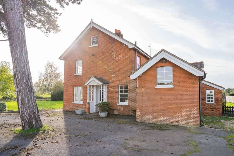 5 Bedrooms Detached House for rent in Little Hyde Hall Farmhouse, Sawbridgeworth, CM21 9HX