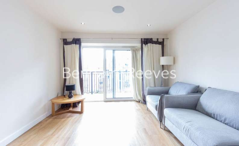 2 Bedrooms Apartment Flat for rent in East Drive, Colindale, NW9