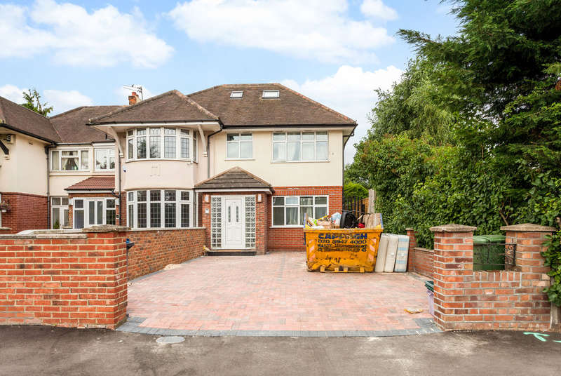 4 Bedrooms Semi Detached House for rent in Robin Hood Way, Kingston Vale, London, SW15