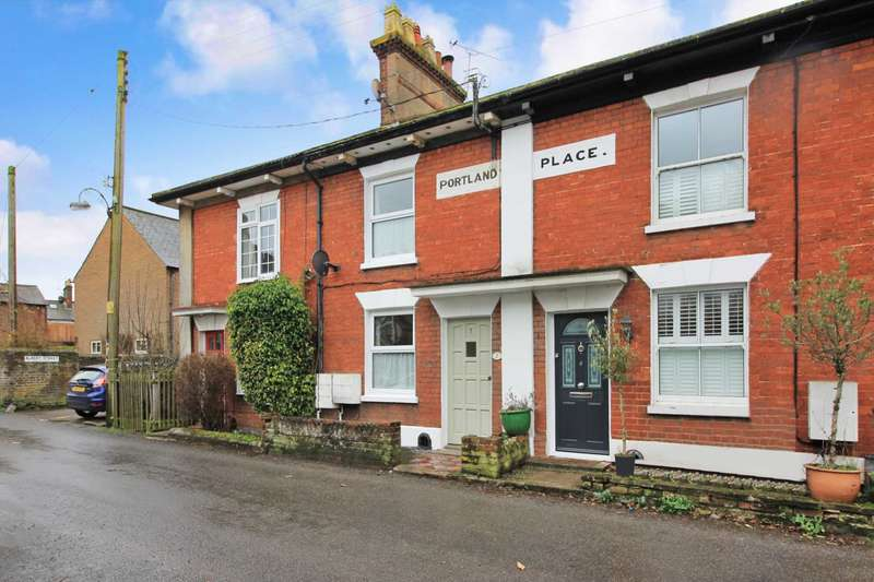 2 Bedrooms Terraced House for sale in Langdon Street, Tring