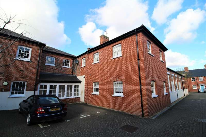 2 Bedrooms Apartment Flat for rent in Home Bridge Court, Hatfield Road, Witham