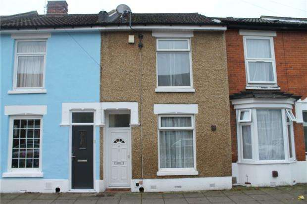 2 Bedrooms Terraced House for sale in Strode Road, Portsmouth